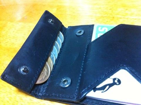 小銭入れ 薄い財布