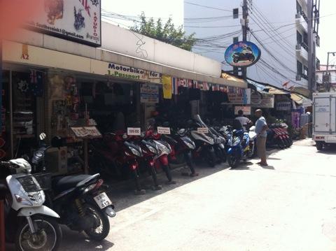 タイ バイクレンタル