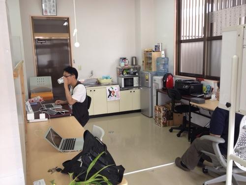 [沖縄WiFi・電源]コワーキング・シンカに来ました。