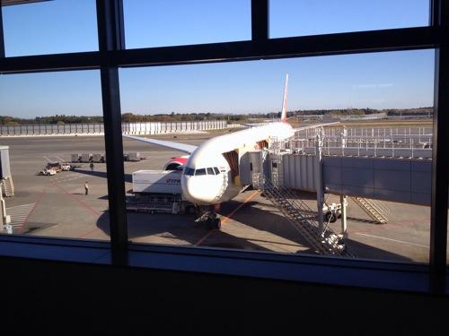 成田空港から上海を経由してバンコクへ  1日目 ブログ観光大使