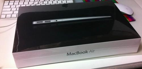 MacBook Air 11インチ購入しました。