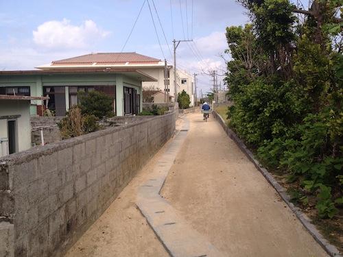 [沖縄] 人口430人の小さな離島・渡名喜島に来ています。