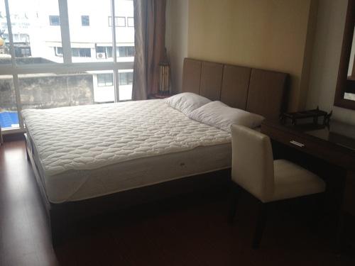 ベッド 机