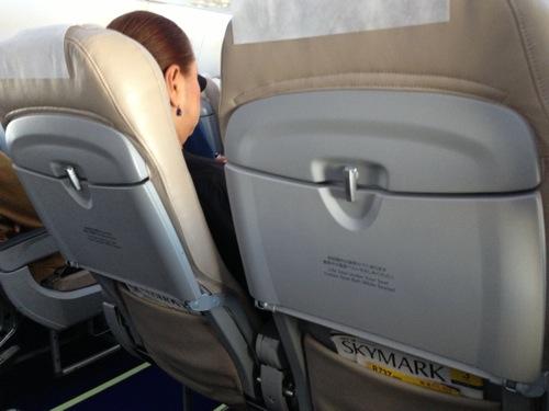 【海外旅行】飛行機で快適に過ごすためのにやっている3つの事