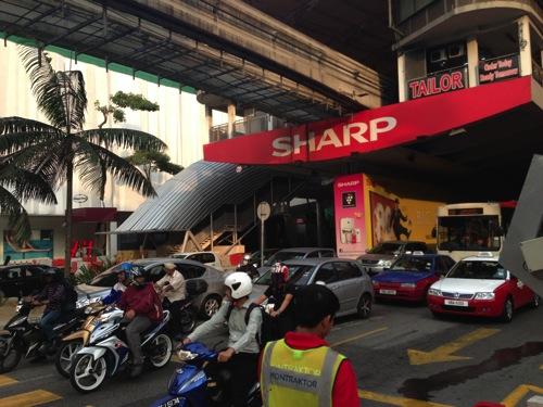 マレーシア・クアラルンプールでコスパ最高のホテル「Furama Bukit Bintang」部屋がスイート並に広くてWiFiも無料。