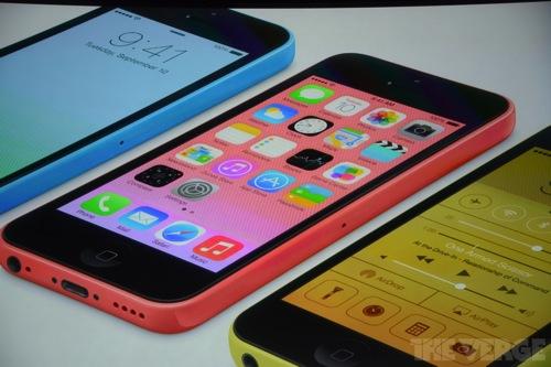 iPhone 5cが5色のカラーバリエーションで9月13日より予約開始、20日から発売開始!