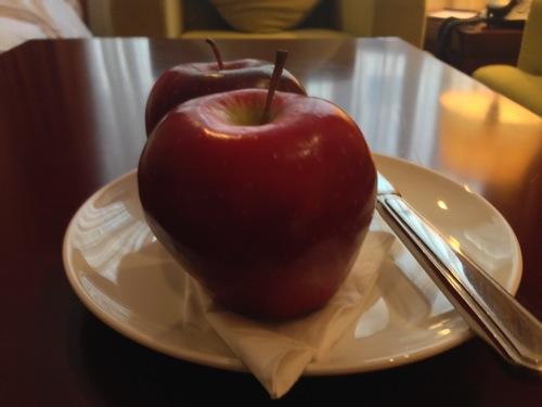 りんご エンペラーホテル
