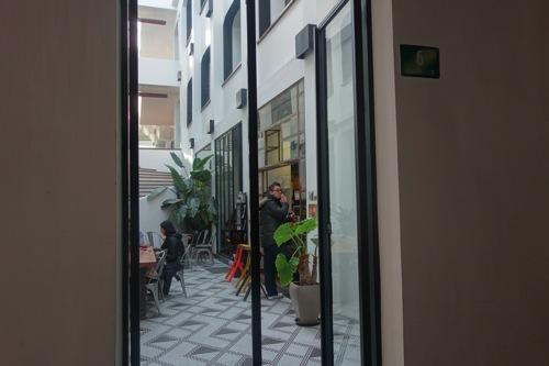 seesaw cafe wifi