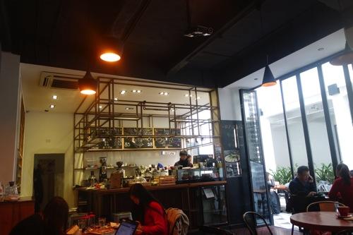 上海・江苏路にあるWiFi ・電源のあるオシャレなカフェ「Seesaw Cafe」