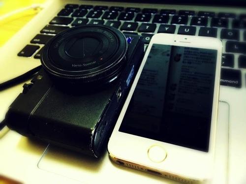 iPhoneとデジカメで撮った全写真を自動でflickrにバックアップする方法