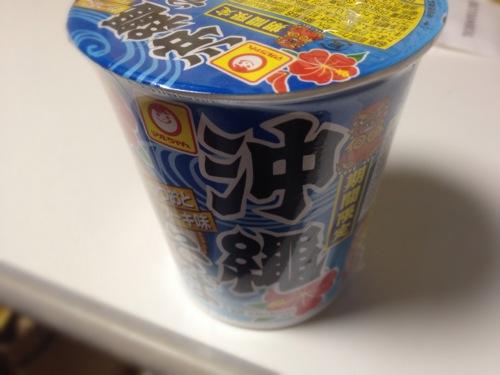 [期間限定]コンビニで買えるマルちゃんのカップ麺沖縄そばを食べたよ