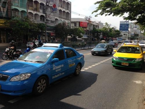 タイ・バンコクでのタクシー事情