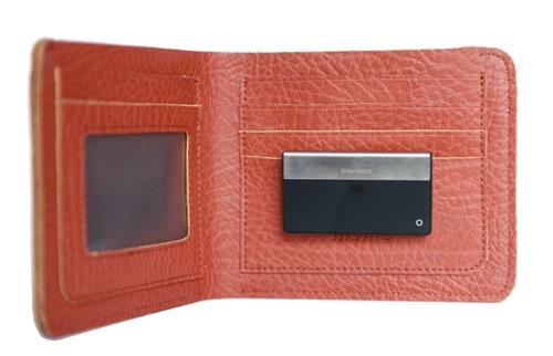 「もう二度と無くさない」財布 – SmartWallit