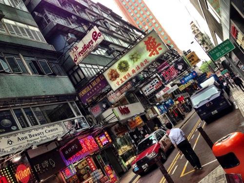 アジア・東南アジア旅行に最低限必要な荷物をまとめてみた