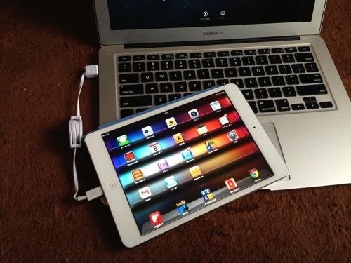 海外旅行に便利!国内で購入したiPad mini Retinaは海外Simフリーだよ。